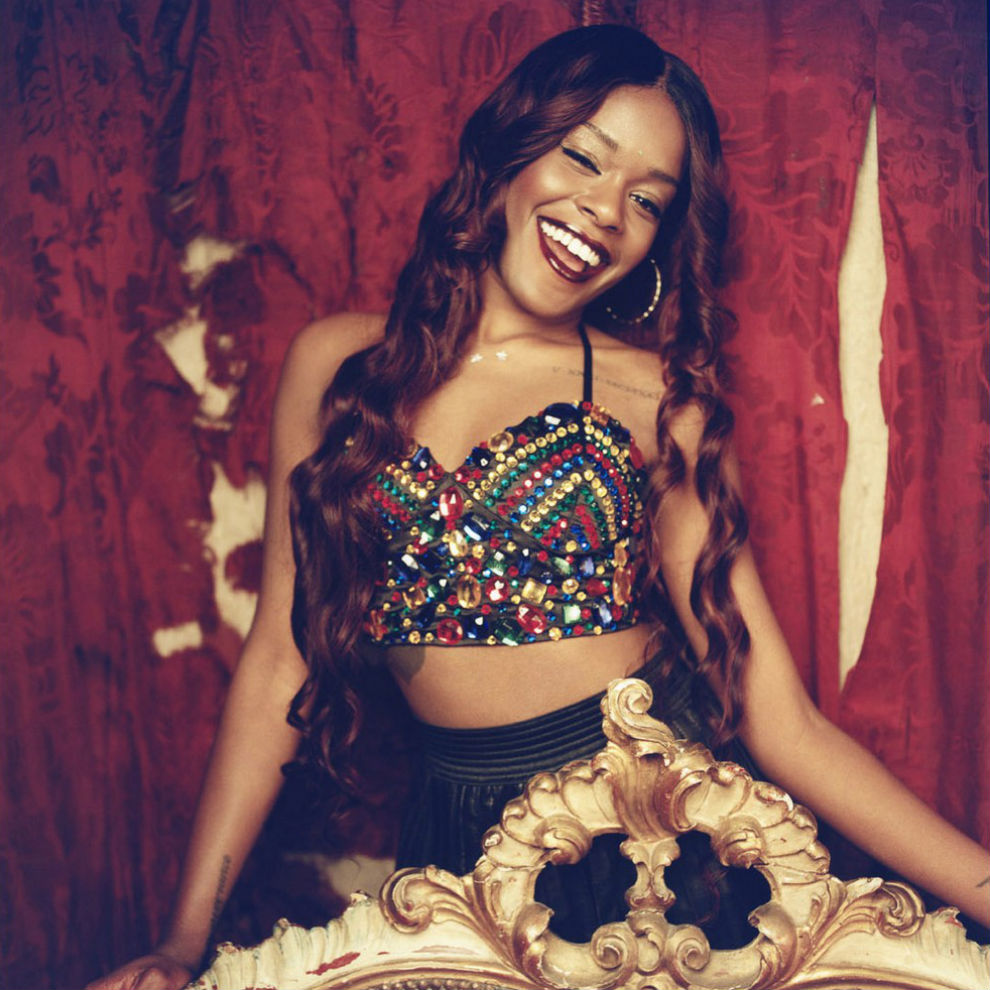 "This 22-year-old rapper and songwriter was signed to XL Recordings when she was only 17. Her career went up in the world in 2011 after the release of her debut singe ""212"", which became known all over America and Europe. You might have heard it, too.   Azealia characterized herself as a bisexual in her interview to the NY Times. She was quoted saying: ""I'm not trying to be, like, the bisexual, lesbian rapper. I don't live on other people's terms."""