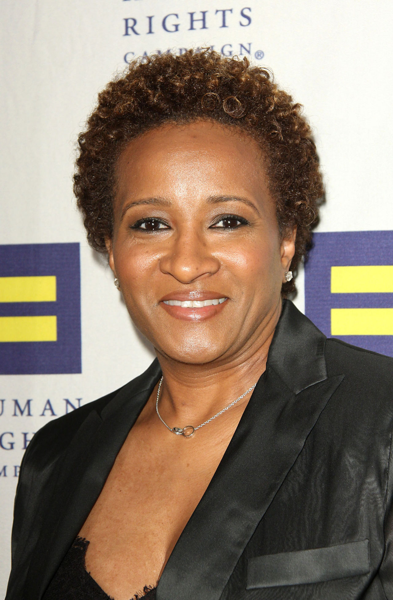 Emmy Award winning writer, also a comedienne and actress. Sykes hosted her own talk-show on Fox channel. She had been married to a man named Dave Hill for 7 years (1991-1998), however in 2008 Sykes opened up on her orientation during Las Vegas rally against ban of new marriages of same-sex couples in California.