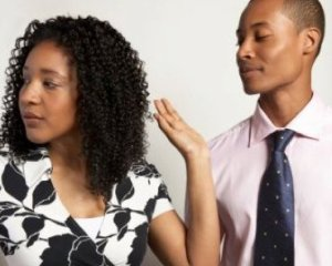black-woman-giving-man-the-hand
