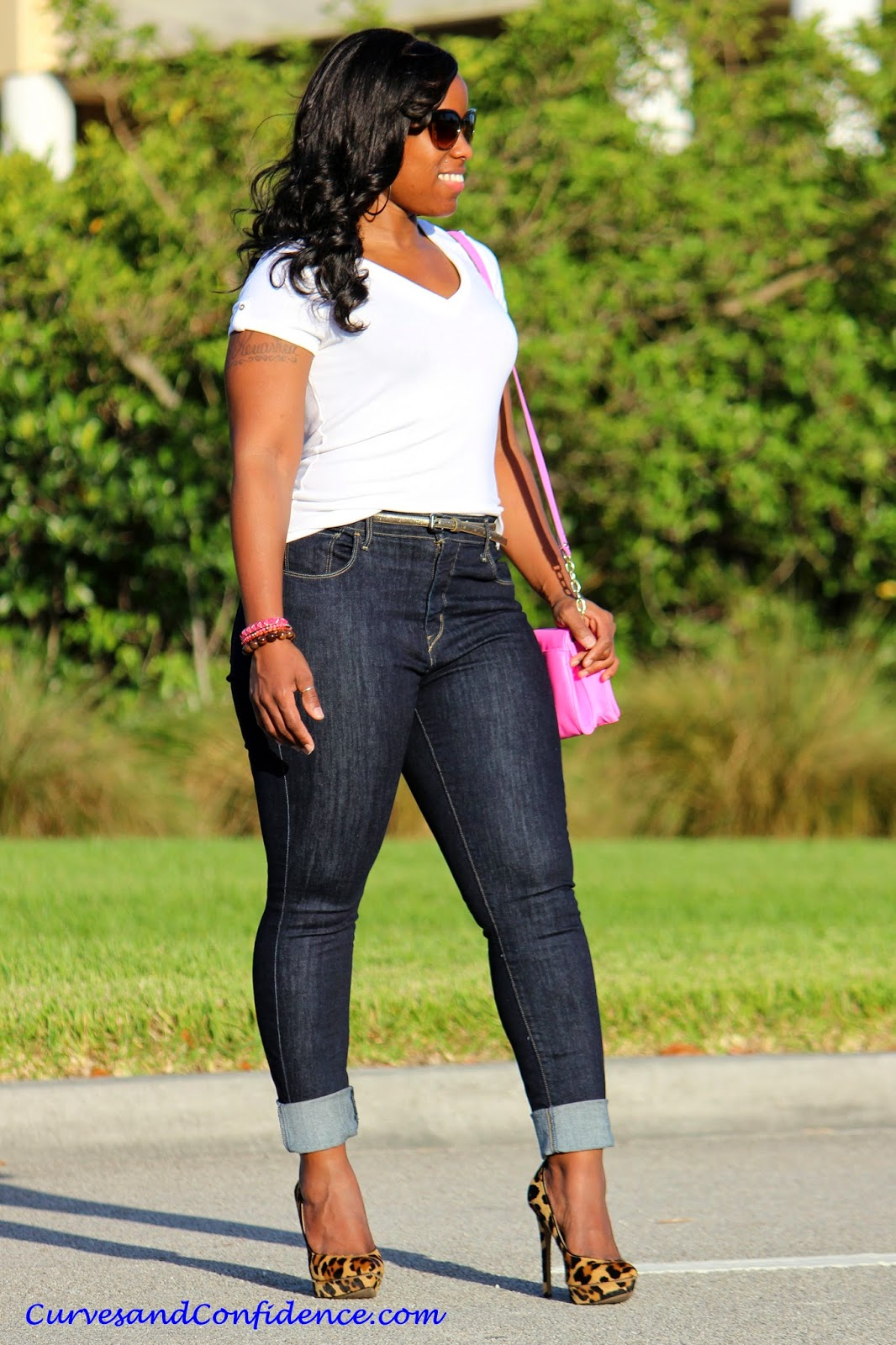 The Best Jeans For Curvy Women | Tell You All | Lifestyle And Love ...