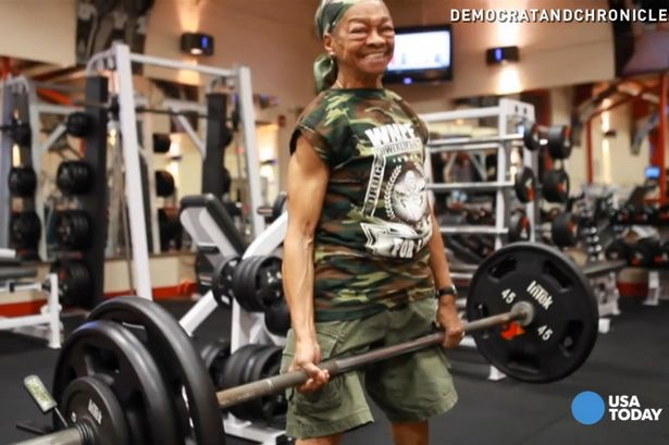 Willie-Murphy-a-77-year-old-grandmother-weightlifter